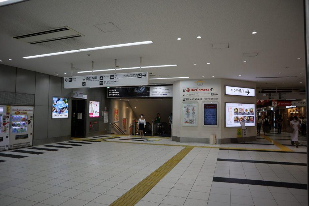 鹿児島中央駅西側出口