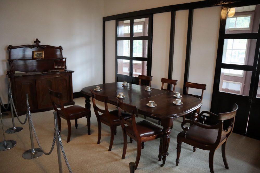 旧鹿児島紡績所技師館の家具