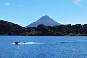 池田湖とボート