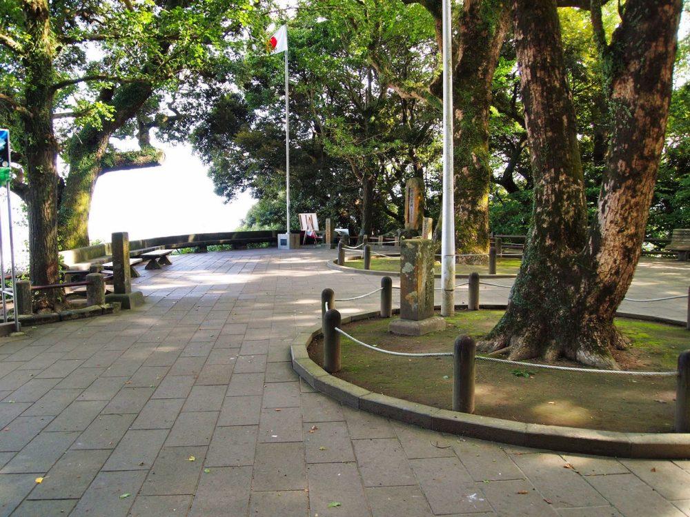 城山展望台広場